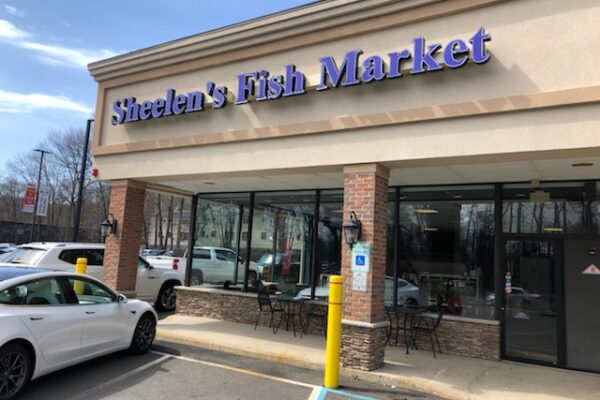Sheelen's Fish Market in Fanwood is expanding to open a second location off Route 22 on Good Friday.